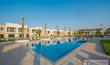 Townhouse for sell in Town Square Dubai