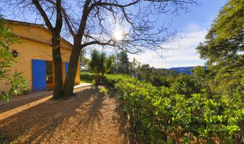 Dpt Var (83), for sale LA GARDE FREINET villa in the heart of nature, panoramic view, 2 hectares of