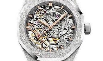 Audemars Piguet Audemars Piguet Royal Oak Double Balance Wheel Openworked Watch 15466BC.GG.1259BC.01