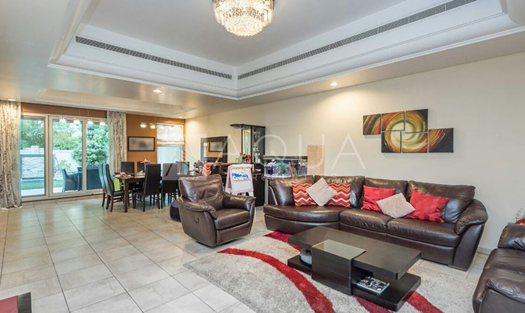 Townhouse for sell in Dubai Sports City Dubai