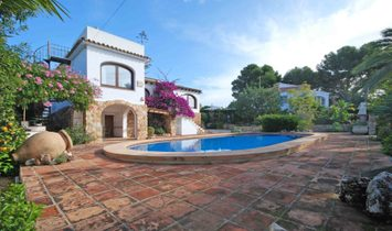 For Sale. Villa in Benissa costa