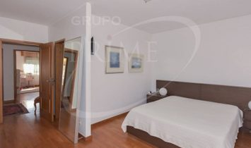 House 5 Bedrooms +1 For sale Porto