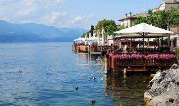 Hotel fronte lago da ristrutturare e ampliare