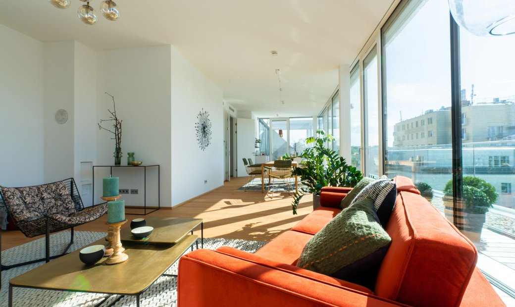 Parkside Living Penthouse With Terraces