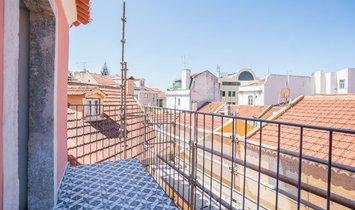 Flat T2 Sell em Santa Maria Maior,Lisboa