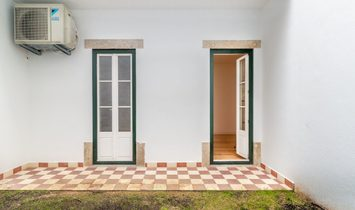 Flat T2 Sell em Misericórdia,Lisboa