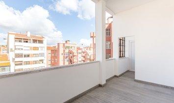 Flat T4 Sell em Arroios,Lisboa
