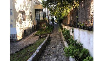 House 5 bedrooms in Estoril