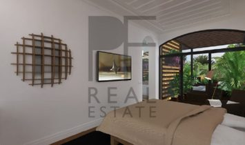 Fantastic apartment to renew or renewed, with private garden, in closed condominium in the Centre of