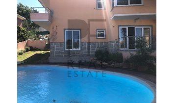 Remodeled villa in Monte Estoril
