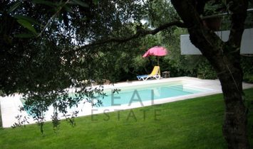 Contemporary villa with swimming pool, near Estoril