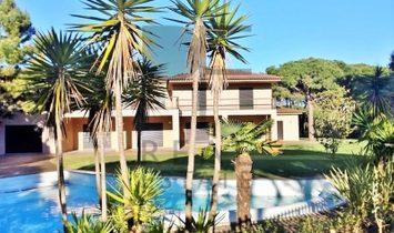 Cascais | Quinta da Marinha. Great House by the sea.