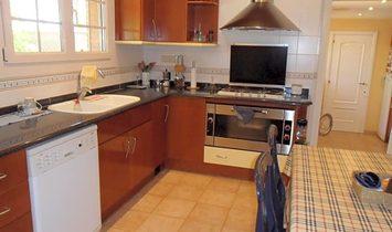 Pacs del Penedès Villa