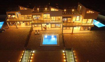 Villa 600 sqm in Corfu, Greece
