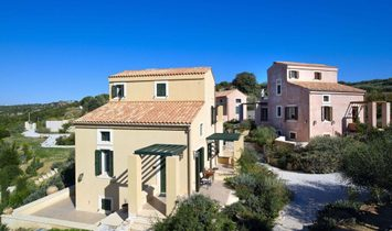 Villa 315 sqm in Crete, Greece