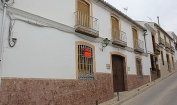 Ardales Town house