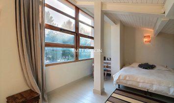 Designer house with garden for sale, 15 mins from Avignon