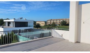 New Villa with contemporary architecture composed by 3 bedrooms for sale in Quarteira, Vilamoura