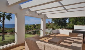SUPERB FIVE BED FRONT LINE VILLA - SWIMMING POOL - SEA VIEW