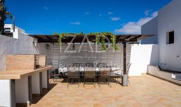 Chalet independiente con piscina en El Mojón, Teguise