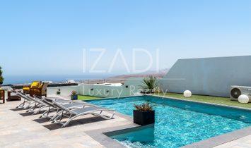 Chalet independiente con piscina y vistas extraordinarias a Fuerteventura e Isla de Lobos