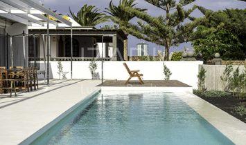 Chalet con piscina en La Bufona, Arrecife de Lanzarote