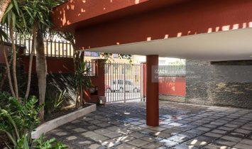 Chalet independiente con piscina en Altavista