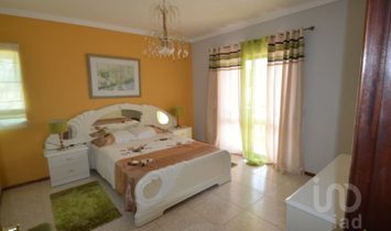 8 bedrooms House/villa for Sale