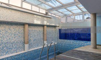 Chalet vanguardista con piscina cubierta en zona privilegiada de Tafira