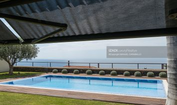 Chalet en El Pris con jardín y piscina y unas vistas fascinantes