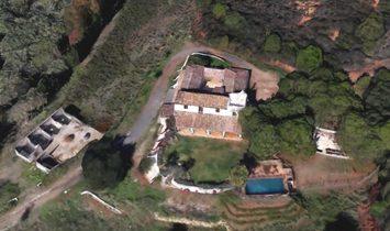 Exceptional Villa , exceptional view, exceptional public figure owner