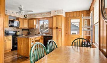 Two Story, Cottage, Single Family - Stone Harbor, NJ