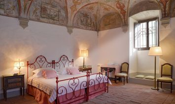 Breathtaking Castle On The Hills Of Arezzo