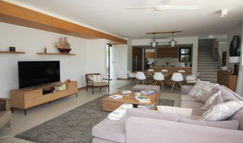 MONT CHOISY - Prestigious villa in a privileged domain close to the sea - 4 bedrooms