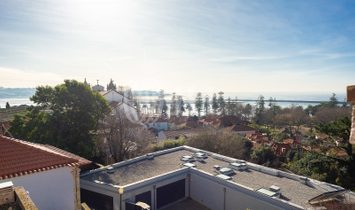 House 4 Bedrooms For sale Porto