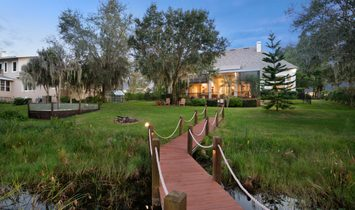 SERENE & SECLUDED, YET CONVENIENTLY LOCATED WITHIN WALKING DISTANCE TO WINDERMERE PREP!
