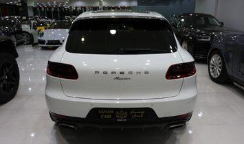 2018 Porsche Macan awd
