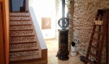 Pretty Stone Renovated Village House With 140 m2 Of Living Space, Workshops And Terraces.