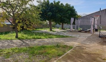 Single Storey Villa With 95 m2 Of Living Space On A 482 m2 Plot In A Quiet Dead-End Street !