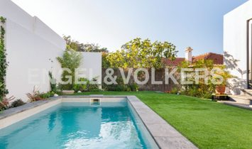 Excelent house with heated swimming-pool and garden