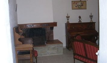 Historic Fully Renovated House With 5 Bedrooms, Self-Contained Apartment, Terrace And Garden.