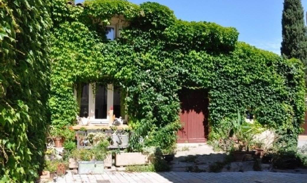 Charming Village House With 2 Bedrooms, Garage And Courtyard !