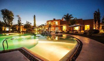 Belle Villa pour des vacances entre amis ou pour fêter des événements heureux