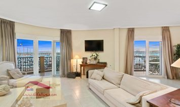 Torrevieja, First Line apartment overlooking the Harbour