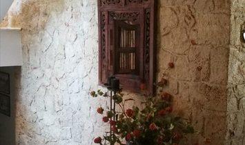Detached house 400 sqm in Crete, Greece