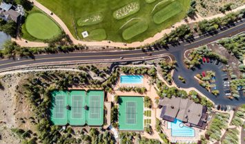 Modern And Timeless With Golf And Ski Views