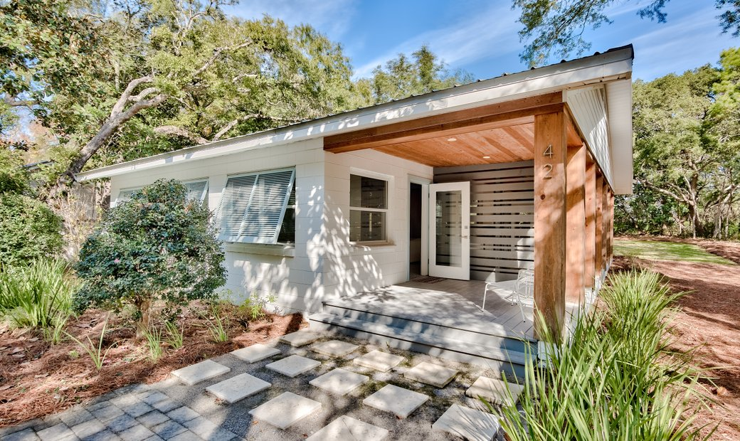 Historic Coastal Cottage In Seagrove