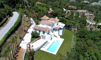 INDEPENDENT VILLA WITH BREATHTAKING VIEWS IN ZAGALETA