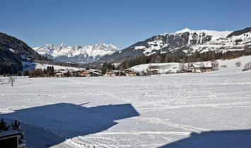 Kitzbühel: Alpine chalet with a special charm in a sunny, quiet location