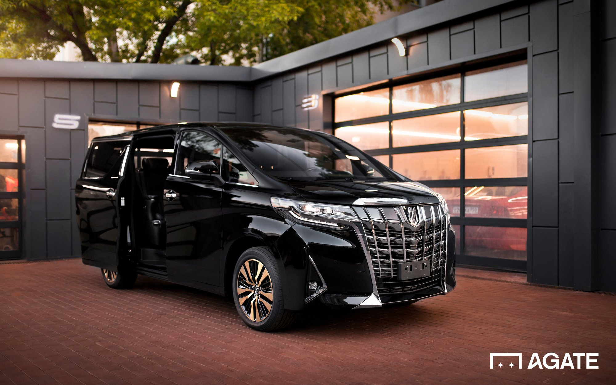 2020 Toyota Alphard in Moscow, Russian Federation for sale ...